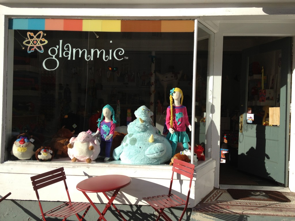 Glammic's Storefront on Vallejo